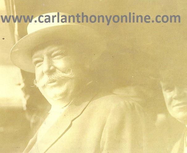 President Taft enjoyed shopping out among the people.